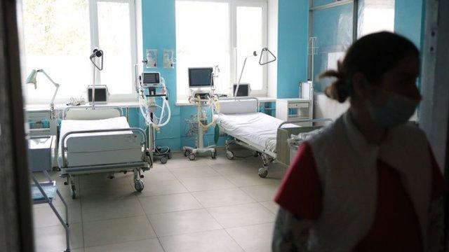 У Львові внаслідок ускладнень від коронавірусу помер 61-річний чоловік