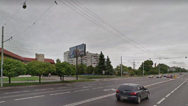 На вул. Любінській автомобіль на смерть збив 40-річного львів'янина