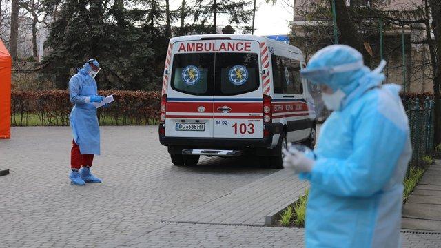 Ще двоє людей померли від коронавірусу у Львові