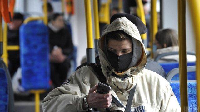 Уряд дозволив з 22 травня відновити роботу громадського транспорту