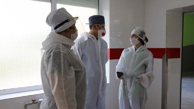 Ще 237 медичних працівників Львова отримають по 10 тис. грн