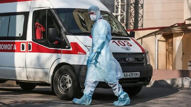 Очікуваного спаду епідемії коронавірусу в Україні немає