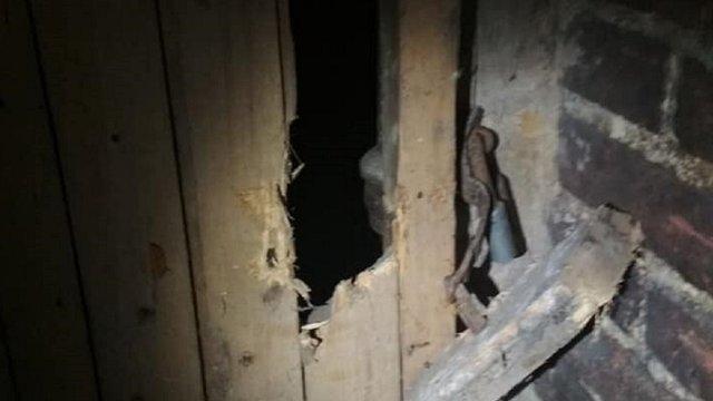 У центрі Львова патрульні на гарячому затримали злодія