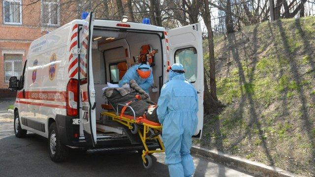 У Кременчуці жінка вилікувалася від коронавірусу, але померла через знищені легені