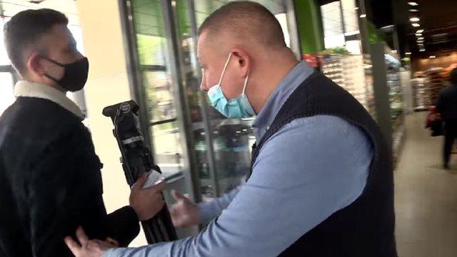 Охоронця магазину у Самборі судитимуть за перешкоджання діяльності журналістів