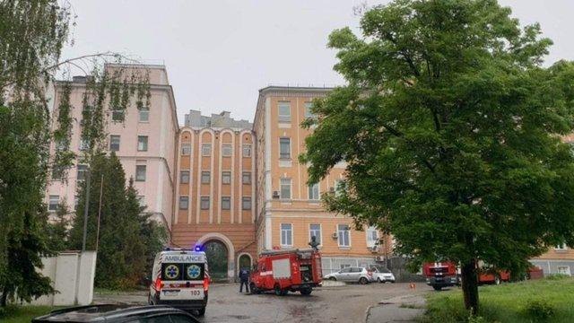 В київській лікарні з хворими на коронавірус сталася пожежа