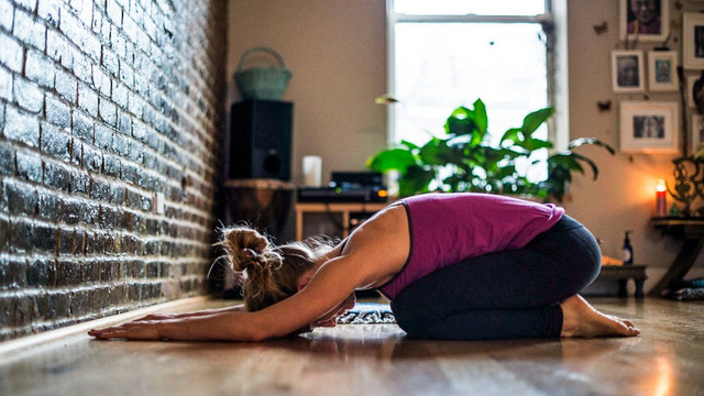 Львів'ян запрошують долучитися до безкоштовних онлайн-занять з йоги