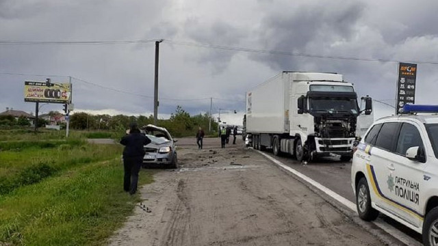 На об'їзній Львова 24-річний водій Chevrolet Aveo загинув після зіткнення з вантажівкою
