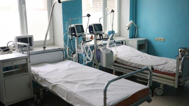 У львівській інфекційній лікарні померла 55-річна медсестра з підозрою на коронавірус