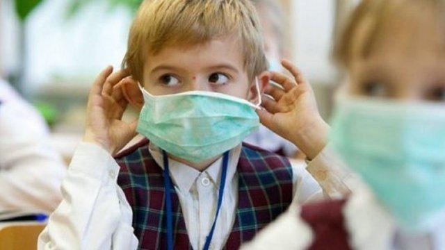 Голова МОЗ запевнив, що батьки не зобов'язані купувати антисептики і маски для дитсадків