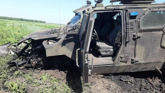 10 бійців ЗСУ отримали травми внаслідок підриву автомобіля на Донбасі