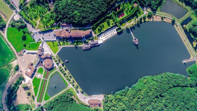 «Едем Резорт» заявив про добровільне повернення незаконно отриманого озера