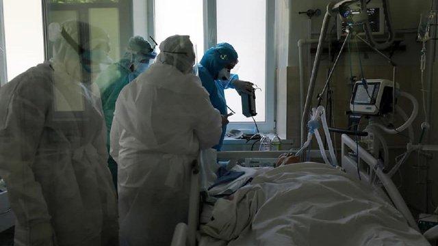 На Львівщині п'ятий день поспіль виявляють більше 100 випадків Covid-19 за добу