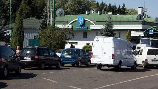 У пункті пропуску «Шегині» відновили пропуск автомобілів