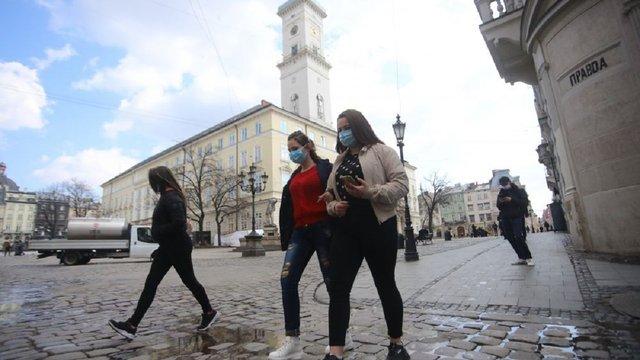 За минулу добу коронавірус підтвердили ще у 200 мешканців Львівщини