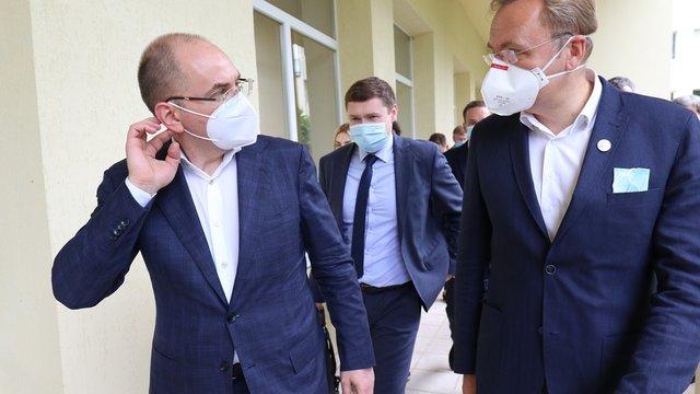 Садовий запропонував міністру охорони здоров'я готувати усі лікарні до прийому хворих з Covid-19