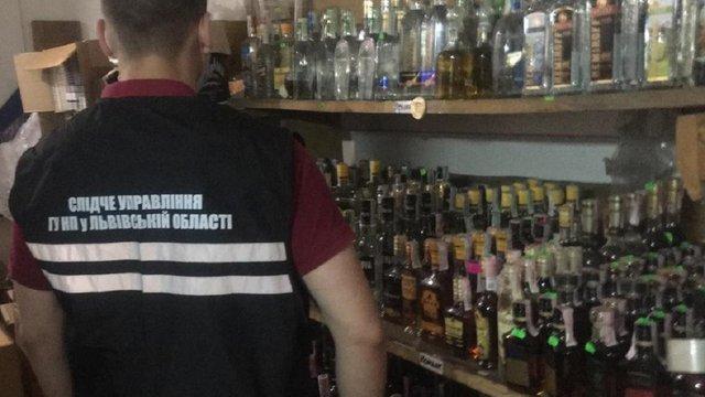 У двох районах на Львівщині ліквідували цехи підпільного виготовлення алкоголю