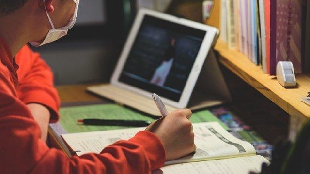 Секретар РНБО попередив про ймовірність дистанційного навчання в школах восени
