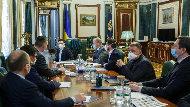З вересня в Україні планують підвищити мінімальну зарплату до 5 тис. грн