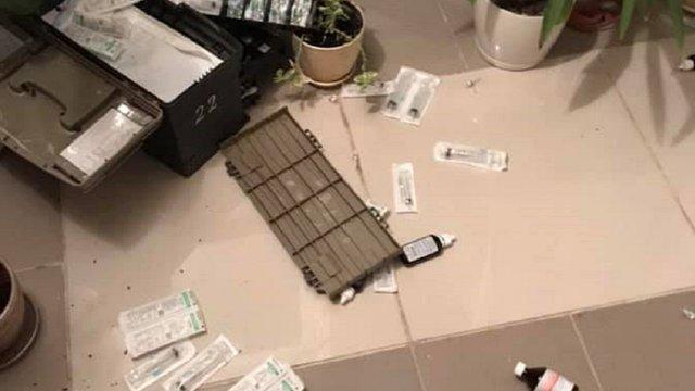 П'яна компанія напала на бригаду медиків у Львові