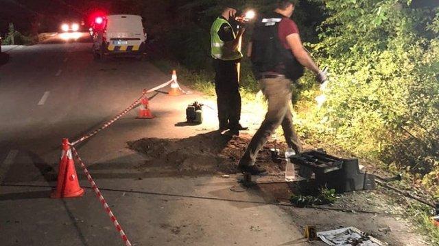 На дорозі у селі поблизу Львова здетонувала вибухівка