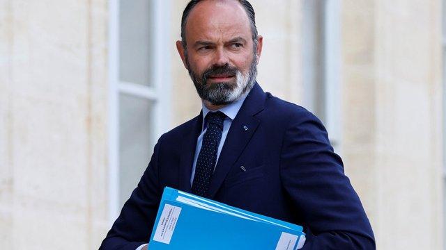 Прем'єр-міністр Франції подав у відставку після обрання його мером портового міста