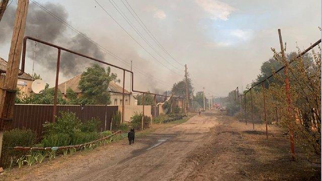 Рятувальники продовжують ліквідацію масштабних пожеж на Луганщині