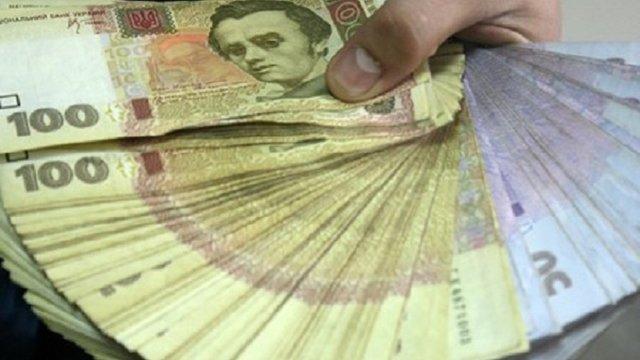 Львів'янин організував конвертаційний центр з обігом 60 млн грн