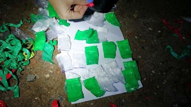 Львівські поліцейські затримали наркокур'єра з понад 40 пакетиками амфетаміну