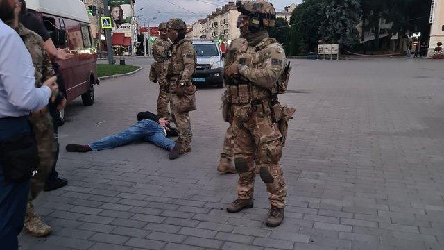 Поліція затримала луцького терориста, усіх заручників звільнено