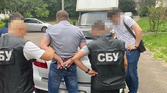 У Львові під час отримання хабара затримали командира групи Держприкордонслужби