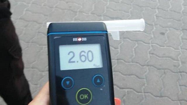 У Львові 51-річний працівник охоронної фірми керував автомобілем напідпитку