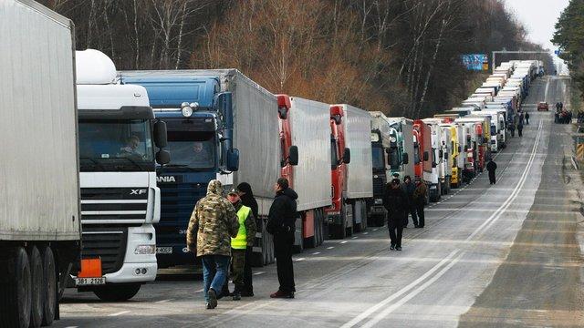 Польща та Румунія видала додаткові дозволи українським перевізникам