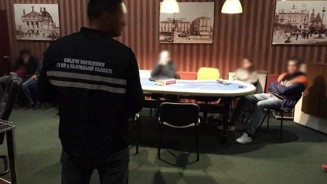 На вул. Городницькій у Львові закрили підпільний покерний клуб