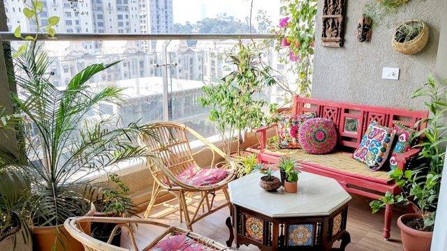 Екстра-кімната: як облаштувати балкон без ремонту