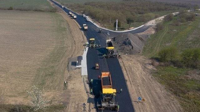 Передбачені на онкохворих гроші витратять на ремонт доріг Львівщини