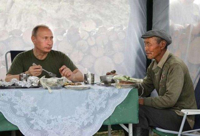 Путін відмовив росіянам у їжі
