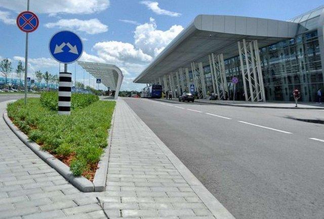 Львівський аеропорт відмовився від угоди з підозрілою фірмою
