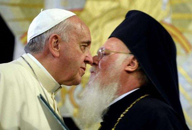 Папа Римський на зустрічі з Варфоломієм І закликав до миру в Україні