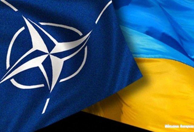 Україна ініціювала термінове засідання комісії з НАТО