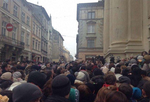 Прощання з лідером гурту «Скрябін» у Львові: онлайн-трансляція