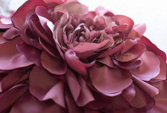 Відомі українки стали квітами на честь Катерини Білокур