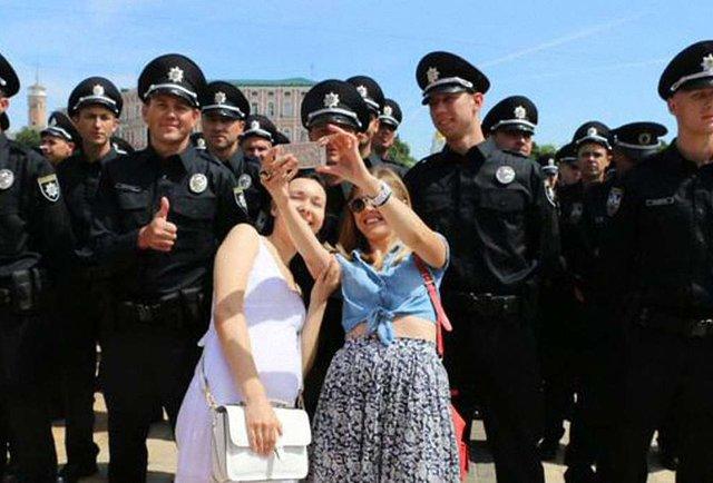 Поліція з людським обличчям