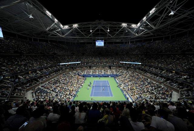 Теніс у великому місті