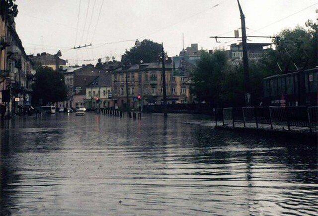До Львова прийшла велика вода