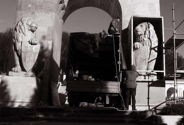 Цвинтарний детектив Міста Лева