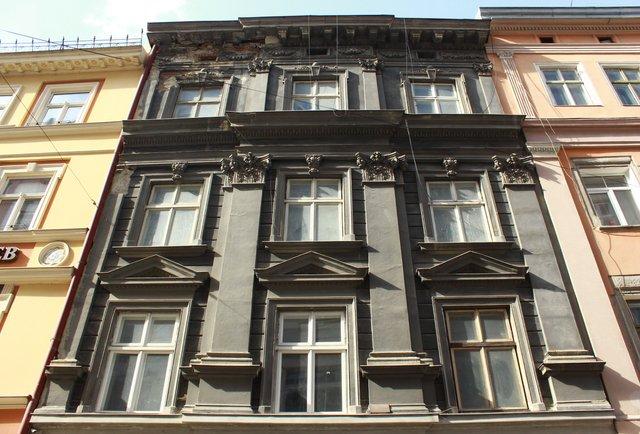 Одну з найдавніших кам'яниць Львова перетворять на готель