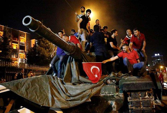 Спроба перевороту в Туреччині. Що це було?