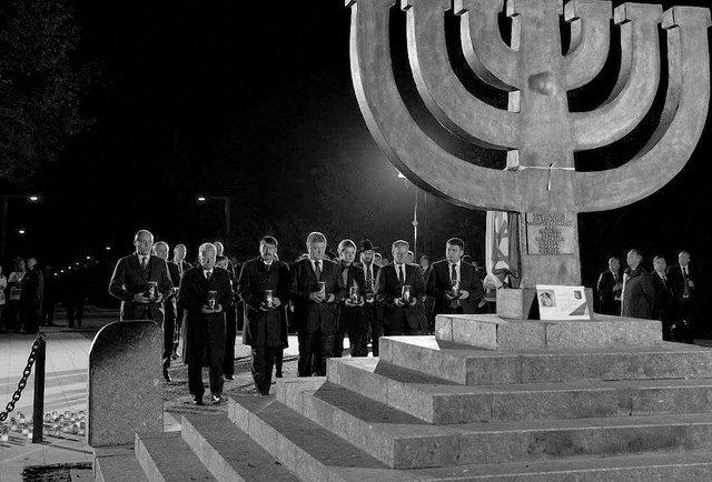 Українці, євреї, злочинці