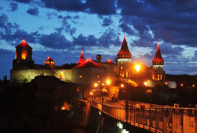 Місто фортеці та церков